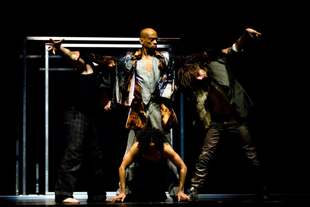 A composite body in Sidi Larbi Cherkaoui's Babel. Photo © Maarten Van Den Abeele