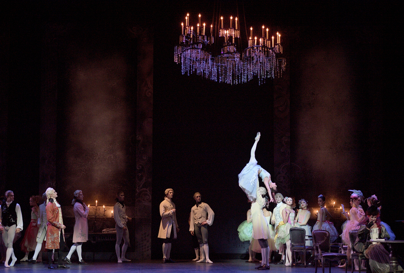The priapic pointe of Alina Cojacaru in English National Ballet's production of Kenneth MacMillan's Manon