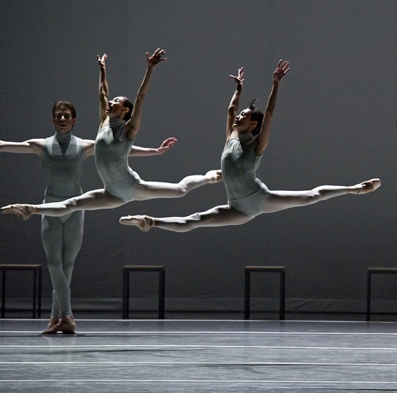 Erica Cornejo and Rie Ichikawa in William Forsythe's The Second Detail
