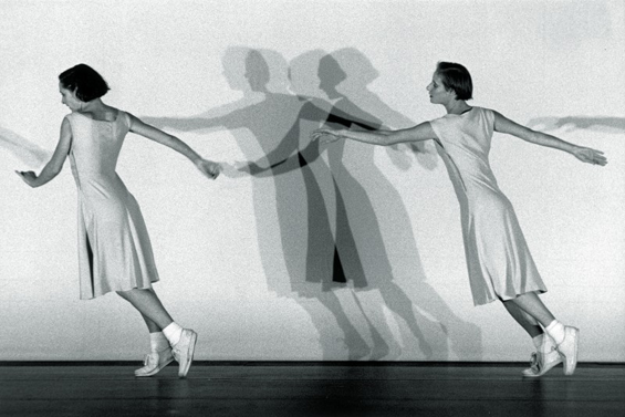 Anne Teresa De Keersmaeker and Michele Anne de Mey in Fase. Photo: Herman Sorgeloos