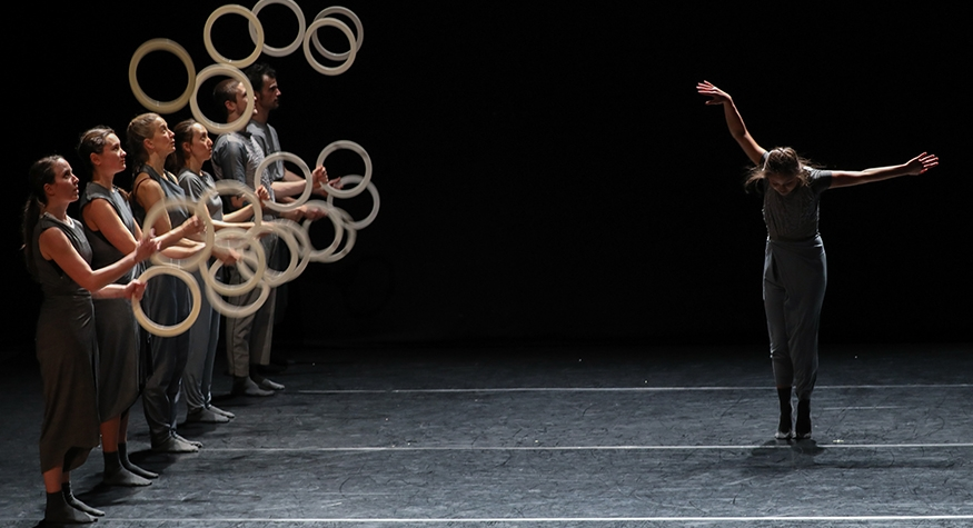 Gandini Juggling and Alexander Whitley's Spring