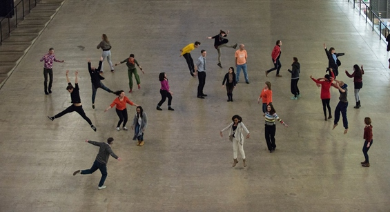 Charmatz's dancers in the Turbine Hall, Tate Modern