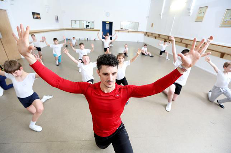 Iain Mackay, the Royal Academy of Dance's first Male Dance Ambassador, teaching a boys' class.