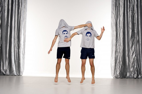 Two of a kind – but different. Igor Urzelai (right) and Moreno Solinas (left –you can tell by the t-shirts) in Idiot-Syncrasy